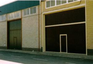 puerta garaje basculante industrial 1