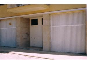 puerta garaje basculante residencial 1