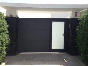 puerta garaje con puerta peatonal 4