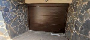 Instalación Puerta de Garaje Seccional en Roda de Bará